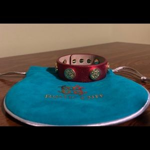 Rustic Cuff Meagen in red and gold